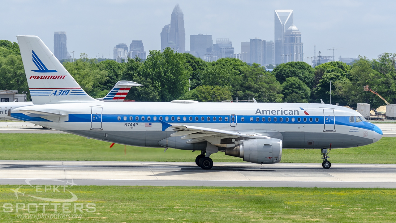 N744P - Airbus A319 -112 (American Airlines) / Charlotte/Douglas Intl Airport - Charlotte United States [KCLT/CLT]