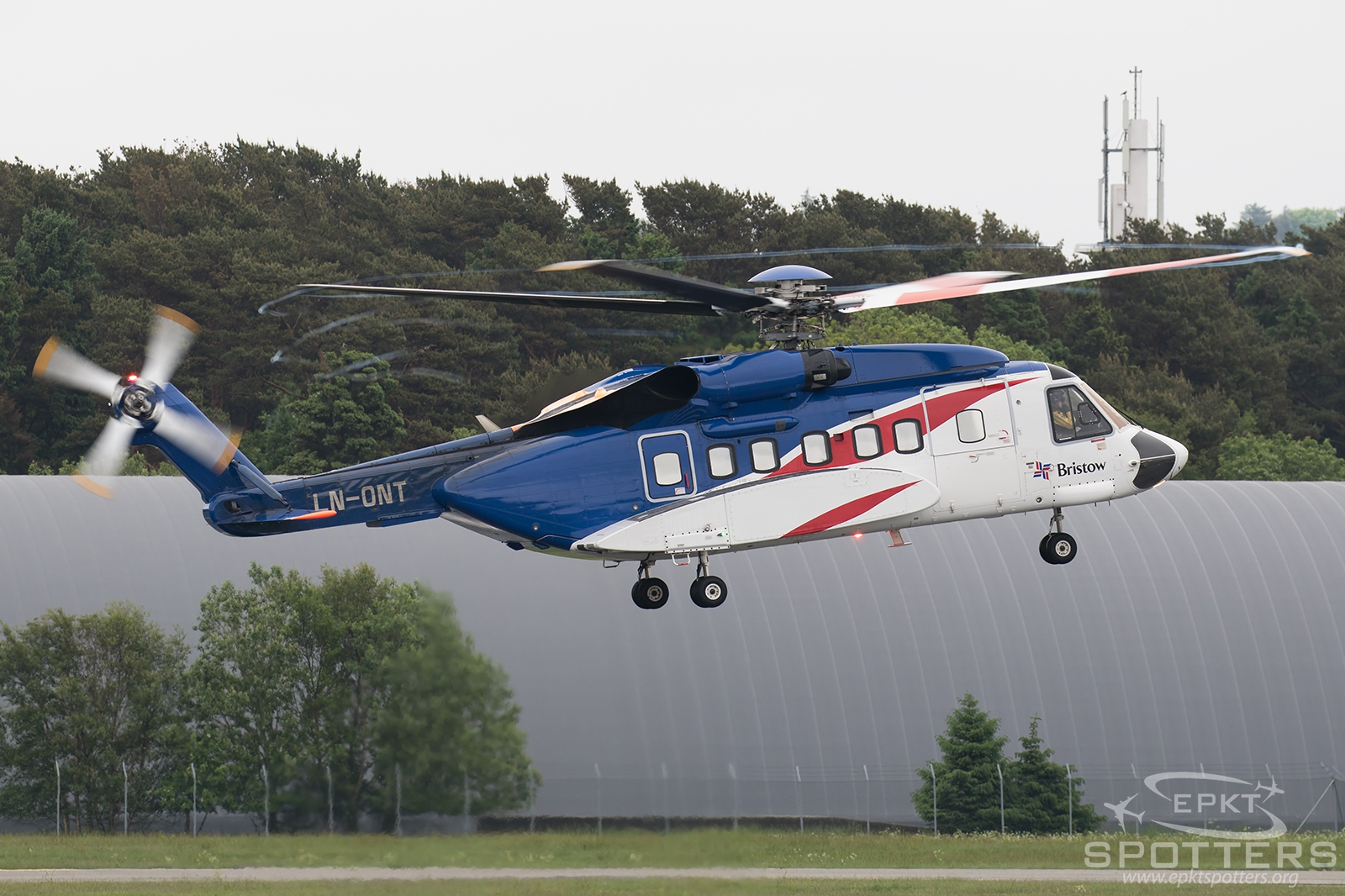 LN-ONT - Sikorsky S-92 A Helibus (Bristow Helicopters) / Sola - Stavanger Norway [ENZV/SVG ]