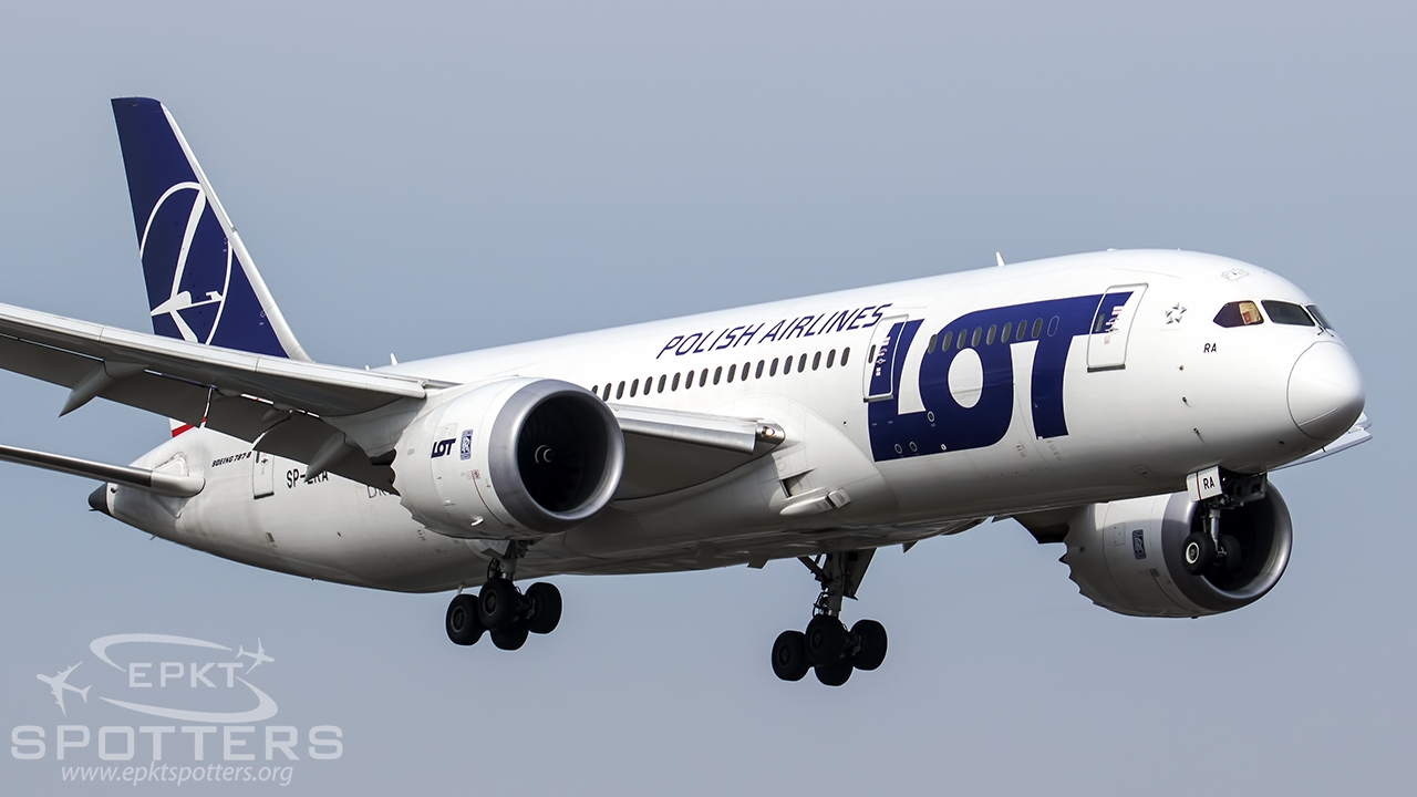 SP-LRA - Boeing 787 -85D Dreamliner (LOT Polish Airlines) / Chopin / Okecie - Warsaw Poland [EPWA/WAW]
