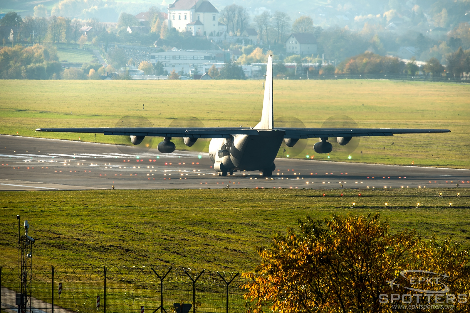 1504 - Lockheed C-130 E Hercules (Poland - Air Force) / Balice - Krakow Poland [EPKK/KRK]