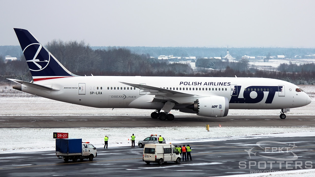 SP-LRA - Boeing 787 -85D Dreamliner (LOT Polish Airlines) / Pyrzowice - Katowice Poland [EPKT/KTW]