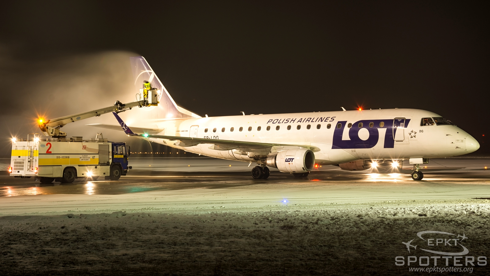SP-LDG - Embraer 170 -100ST (LOT Polish Airlines) / Pyrzowice - Katowice Poland [EPKT/KTW]