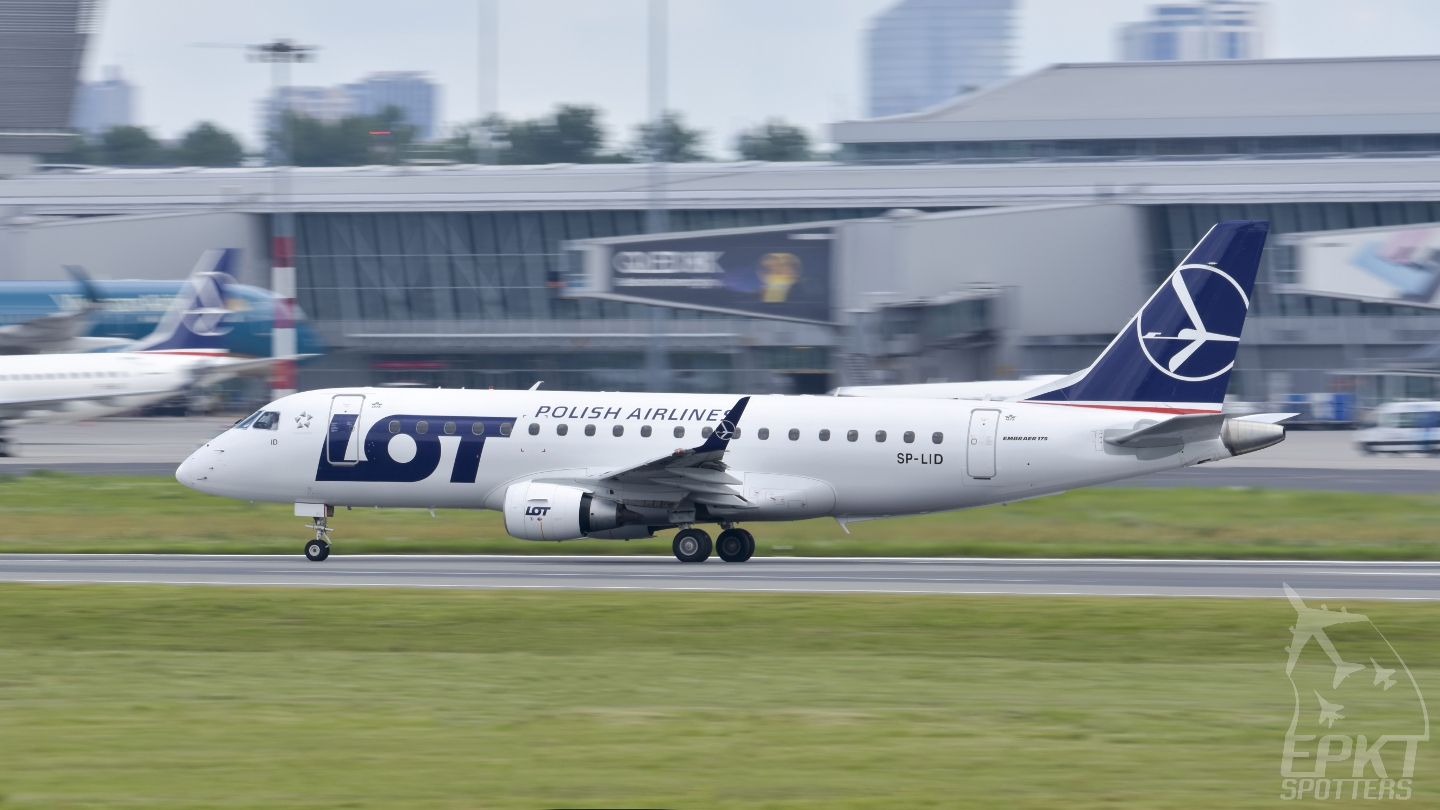 SP-LID - Embraer 170 -200SD (LOT Polish Airlines) / Chopin / Okecie - Warsaw Poland [EPWA/WAW]