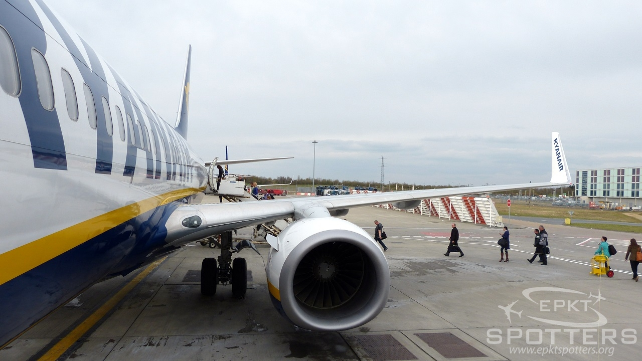 EI-EKG - Boeing 737 -8AS (Ryanair) / Stansted - London United Kingdom [EGSS/STN]