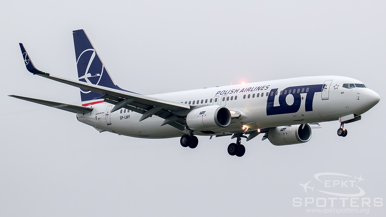 SP-LWF - Boeing 737 -86N (LOT Polish Airlines) / Chopin / Okecie - Warsaw Poland [EPWA/WAW]
