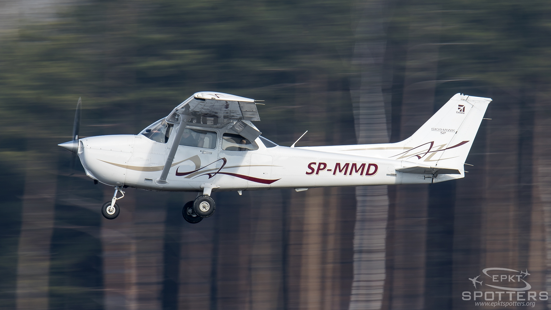 SP-MMD - Cessna 172 Skyhawk SP (Private Owner) / Pyrzowice - Katowice Poland [EPKT/KTW]