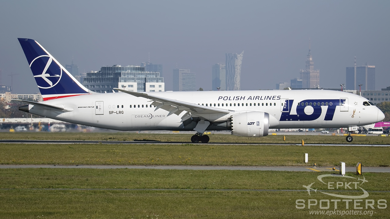 SP-LRG - Boeing 787 -85D Dreamliner (LOT Polish Airlines) / Chopin / Okecie - Warsaw Poland [EPWA/WAW]