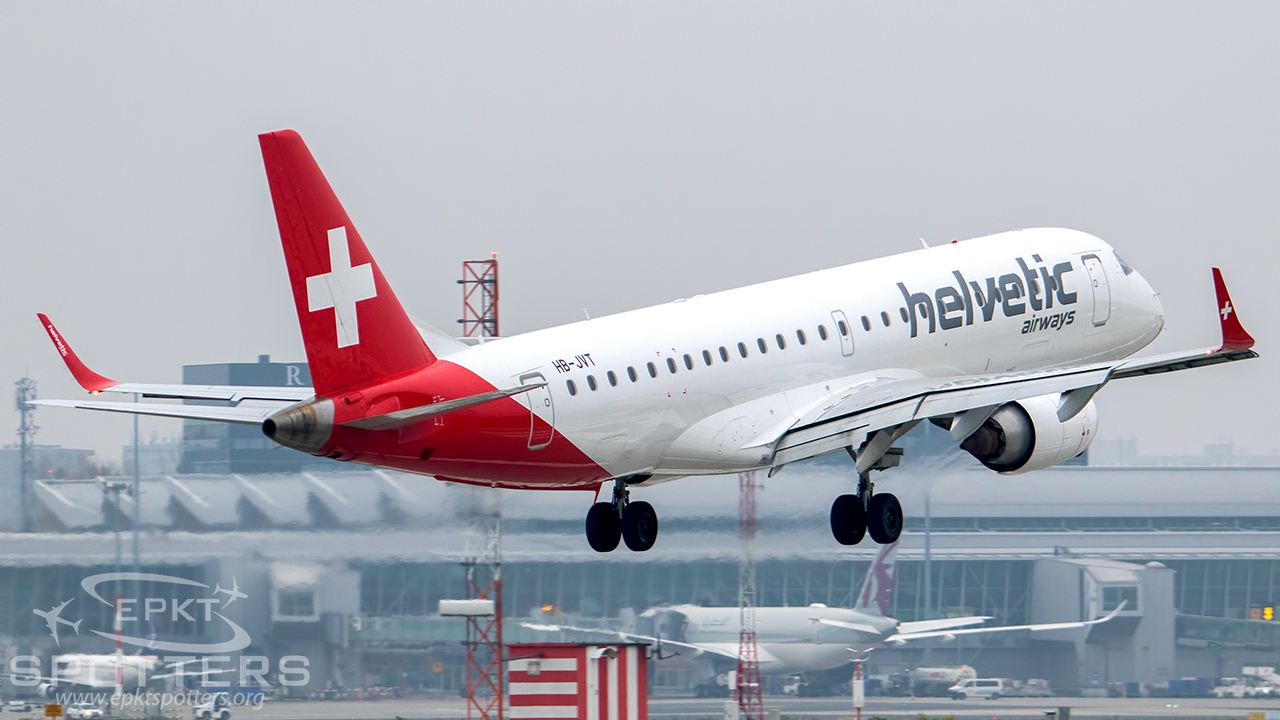 HB-JVT - Embraer 190 -100IGW (Helvetic Airways) / Chopin / Okecie - Warsaw Poland [EPWA/WAW]