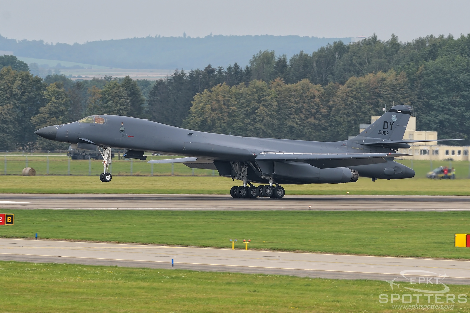 85-0087 - Rockwell B-1 B (United States - US Air Force (USAF)) / Leos Janacek Airport - Ostrava Czech Republic [LKMT/OSR]